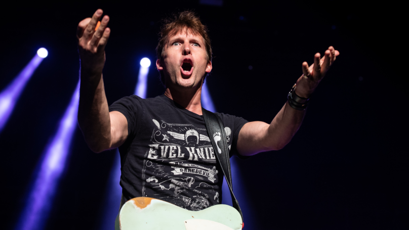James Blunt Is Back Taking The P*** Out Of People On Twitter