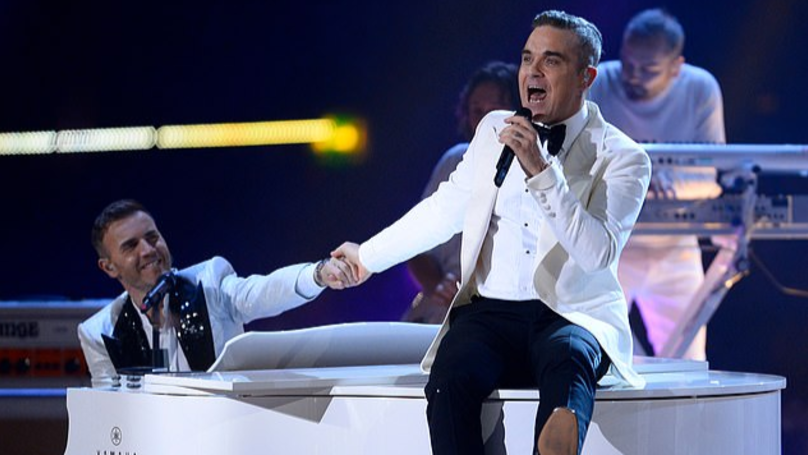Robbie Williams Reunites With Take That During Live X Factor Final