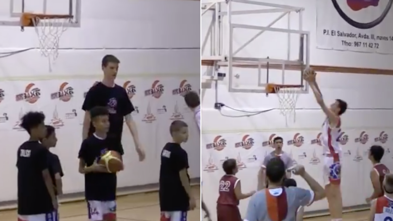You Need To Watch The 12-Year-Old Basketball Player Who Dominates Everyone At 6ft 10in