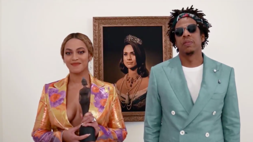 People Are Shocked After Beyoncé And Jay Z Accept Brit Award In Front Of Meghan Markle Portrait
