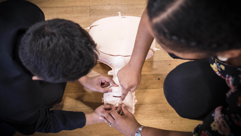 UK Children To Be Taught CPR And Basic First Aid Skills In Schools