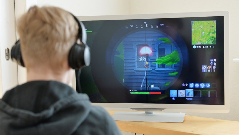 Behaviour Experts Says 'Fortnite' Should Be Banned But Others Say 'Lazy Parenting' Is The Issue