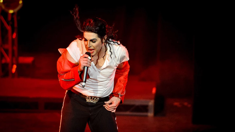 Michael Jackson Tribute Would 'Burn Costumes If There Was Evidence' Singer Was A Paedophile