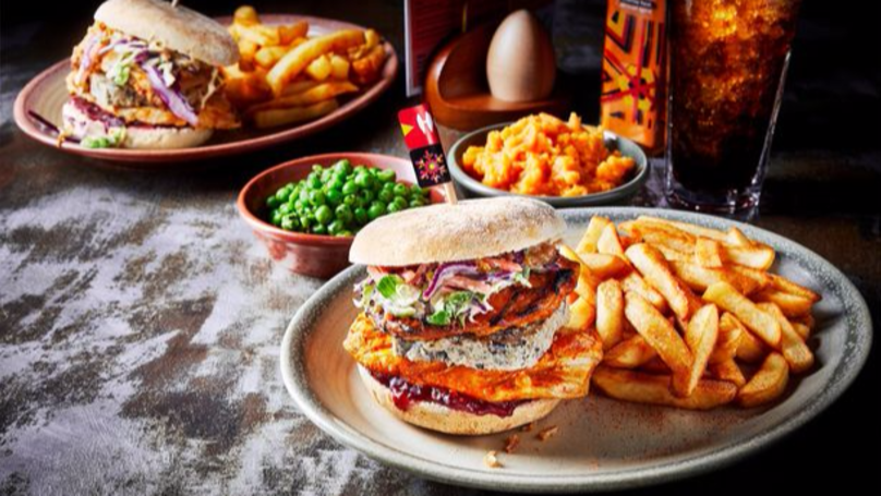 Have A Peri Peri Christmas With The New Nando's Christmas Burger