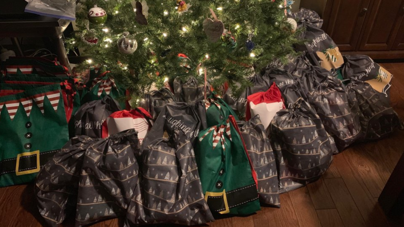 Woman Buys 61 Presents For Elderly People Who Get No Visitors At Christmas