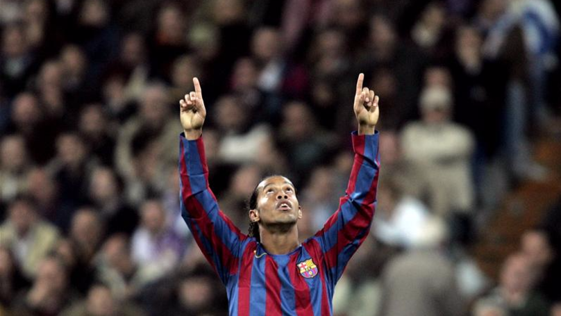 Throwback: The Day Ronaldinho Brought The Bernabeu To Its Feet | SPORTbible