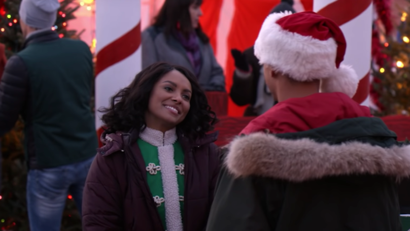 Netflix's Newest Christmas Movie, The Holiday Calendar, Looks All Kinds Of Magical