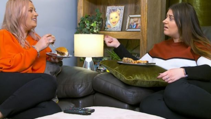 Gogglebox Sisters Cause Internet Argument By Eating Sandwiches Filled With Pies