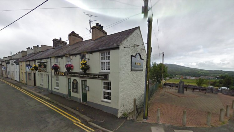Man Complained About Welsh People Speaking Welsh At Pub In Wales
