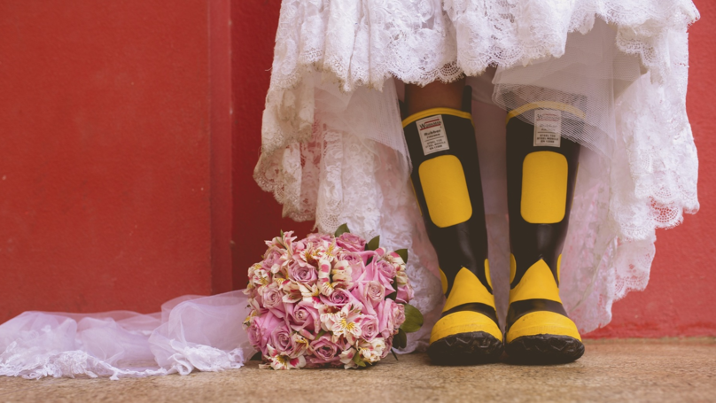 There Is A Way To Predict If It Will Rain On Your Wedding Day