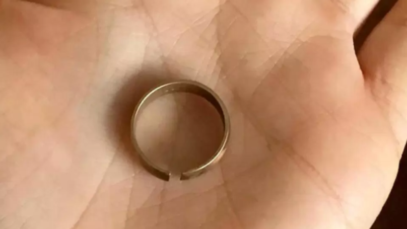 Furious Wife Found Her '18ct Gold' Wedding Ring Was A Brass Fake When It Snapped