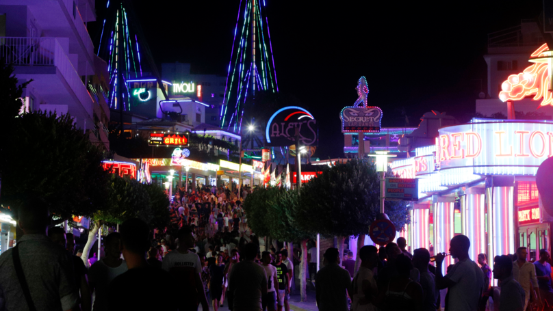 Four Brits Stabbed And One Arrested After Huge Brawl In Magaluf