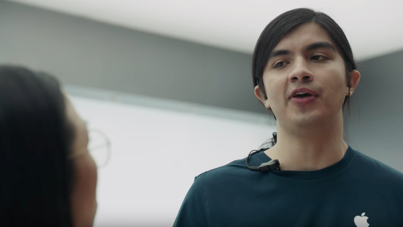 Samsung Pokes Fun At Apple In New 'Ingenius' Adverts