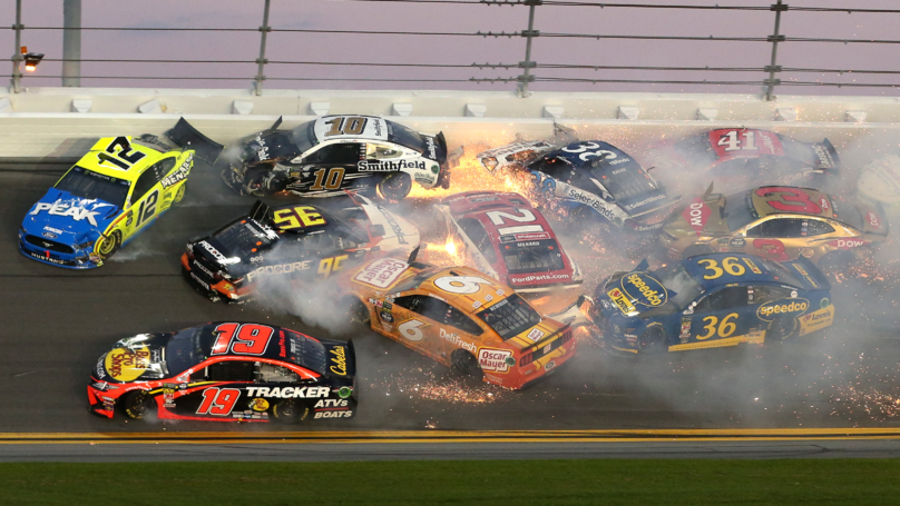 A 21 Car Crash Happened During The NASCAR Daytona 500 And It Was Incredible
