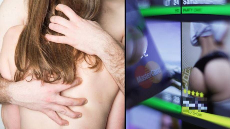 Guy Reveals What It's Like To Date A Camgirl After Being A Customer Himself