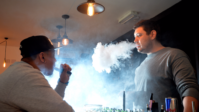 New Study Suggests E-Cigarettes Do Help You Quit Smoking