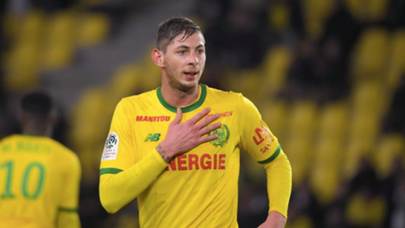 "Rescue Official Says There Is ""No Hope"" Of Finding Emiliano Sala Alive"