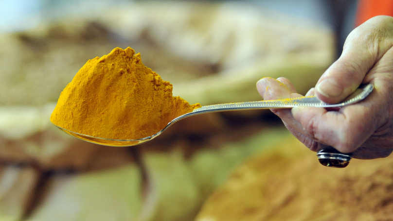 ​Pensioner Halts Cancer With Everyday Supermarket Ingredient Turmeric