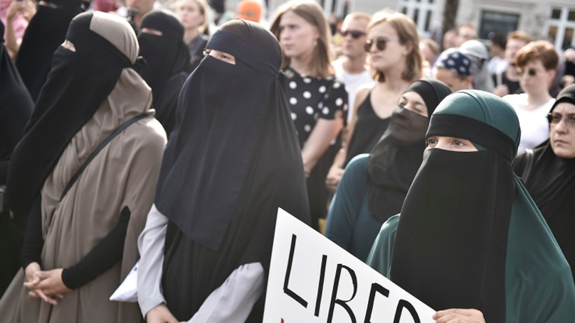 Denmark Sees Hundreds Of Protesters As 'Burqa Ban' Comes Into Force
