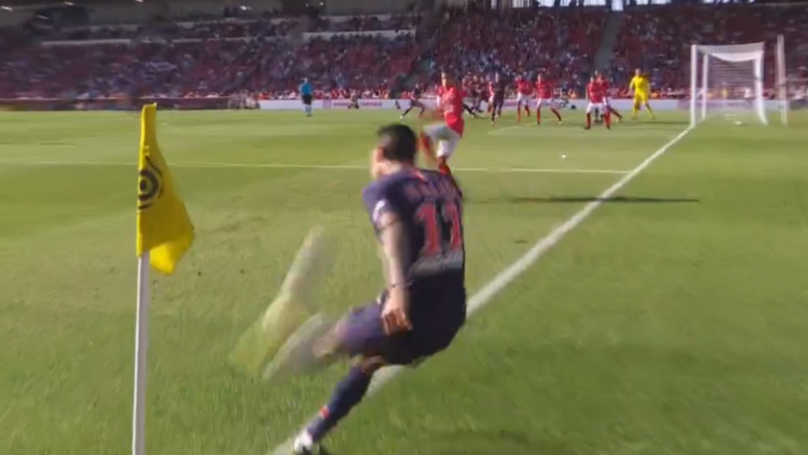 Angel Di Maria Scores Directly From A Corner In PSG Win