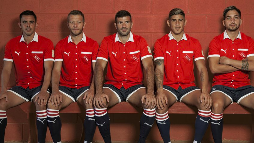 Independiente's Buttoned-Up Retro Kit Is A Thing Of Beauty