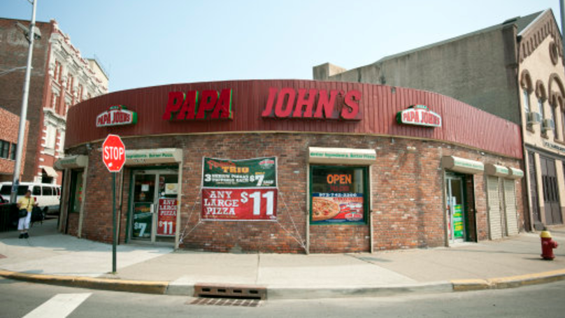 This Is Why There Is A Pepper Inside Every Papa John's Pizza Box