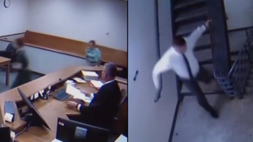 法官扔掉长袍,追捕两名从法庭逃跑的嫌疑犯。