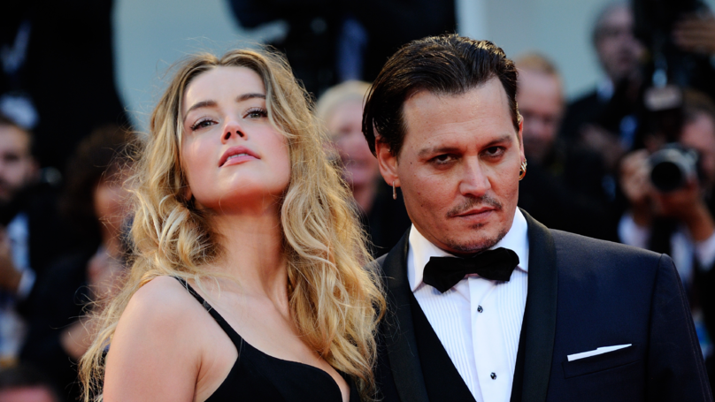Johnny Depp Changes 'Amber Heard' Knuckle Tattoo Again