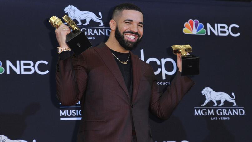 Drake Gives Arya Stark A Shout Out At Billboards