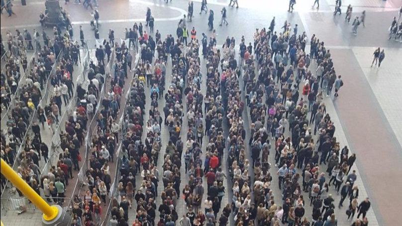 This Picture Of People Queuing At an Ed Sheeran Concert Is Making People Proud To Be British