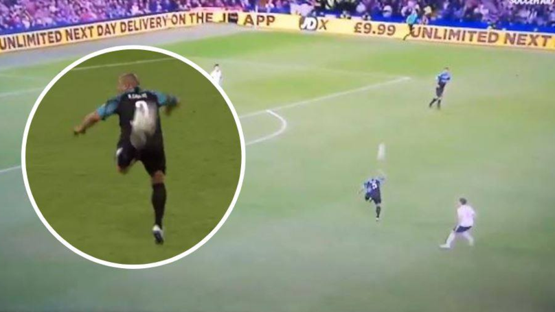 Roberto Carlos Pulls Off An Outrageous Backheel Pass Against England In Soccer Aid Match