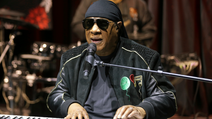 Stevie Wonder Reveals He's Taking A Break From Music To Get A Kidney Transplant