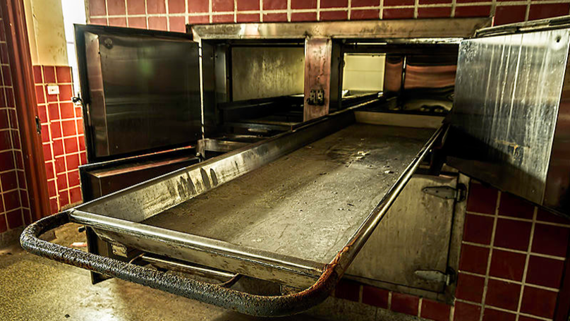 Man 'Wakes Up Inside Mortuary After Being Declared Dead By Three Doctors'