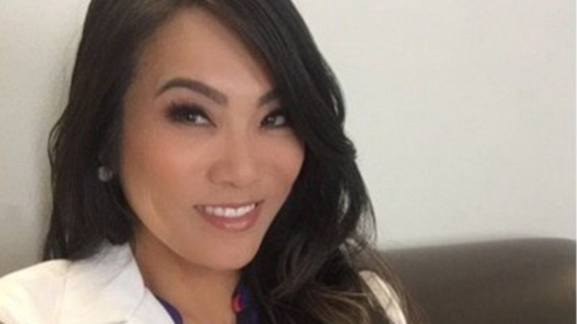 There's Going To Be A 'Dr Pimple Popper' TV Show And It's Going To Be Disgusting