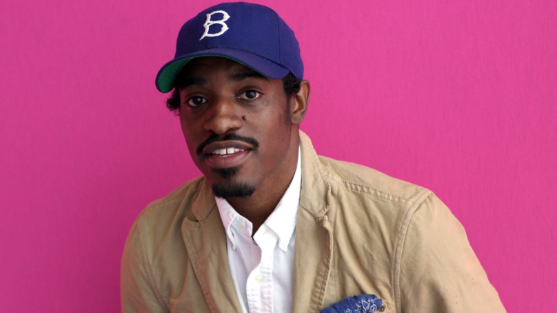 Fan Randomly Bumps Into André 3000 While Wearing T-Shirt With Him On It