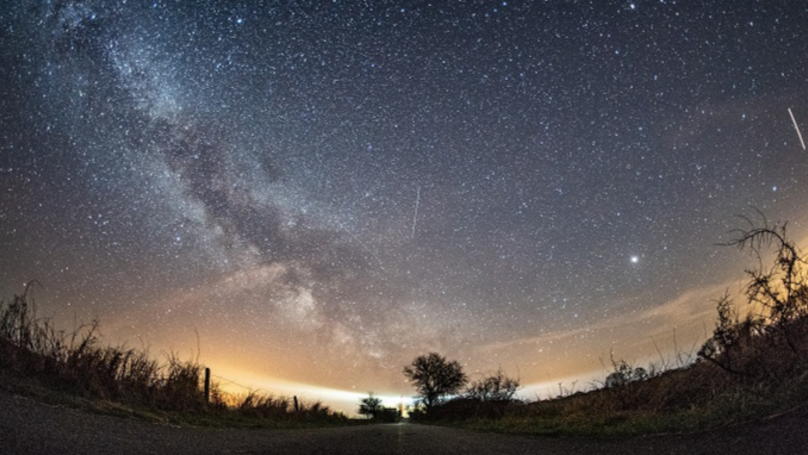 A Meteor Shower Will Light Up The Sky Tonight – Here's How To Watch It
