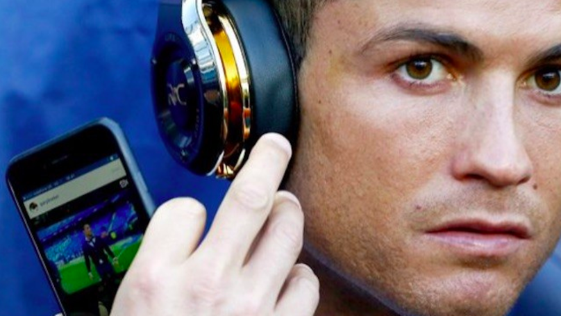 Cristiano Ronaldo Bought 15 Mobile Phones For Real Madrid Staff During LA Training Camp