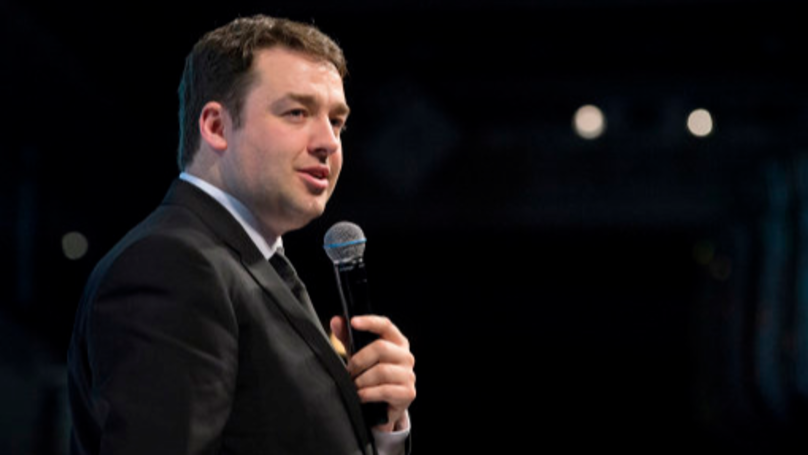 Jason Manford Responds To Someone Pretending To Be Him On Tinder