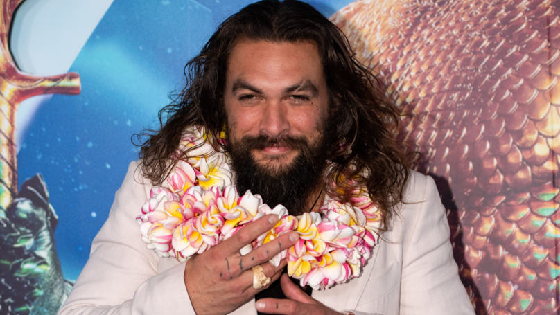 Fans Defend Jason Momoa After People Call Him Out For 'Dad Bod'