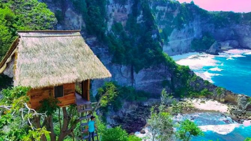 Stay In A Stunning Treehouse In Bali For £30 Per Night