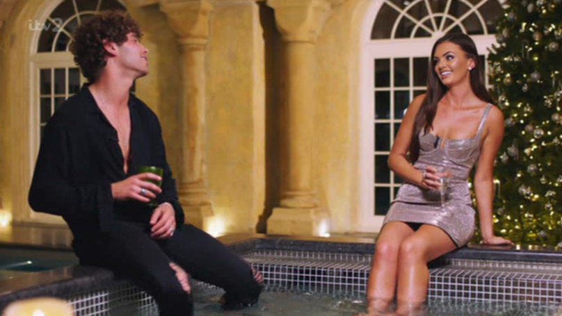 ​People Are Baffled By The Weird Thing Eyal Booker Did On The 'Love Island Reunion'