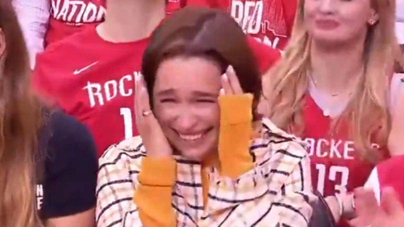 Mascot Drops Coffee And Kneels Before Emilia Clarke At Basketball Game