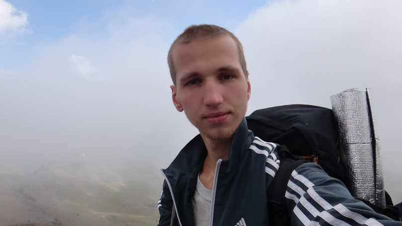 Police Investigating After Finding Skeletal Remains Of Hiker Chained To A Tree In Russia