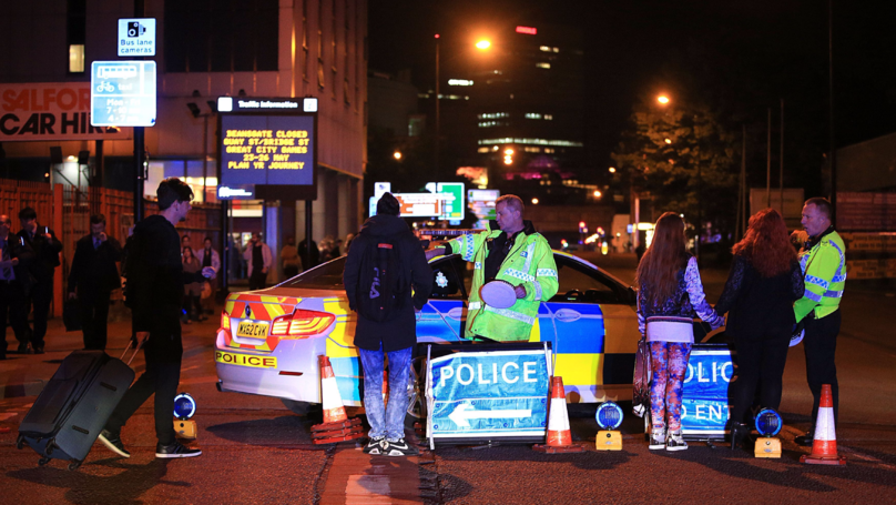 Hero Off-Duty Medics Offer To Help Out Following Manchester Attack