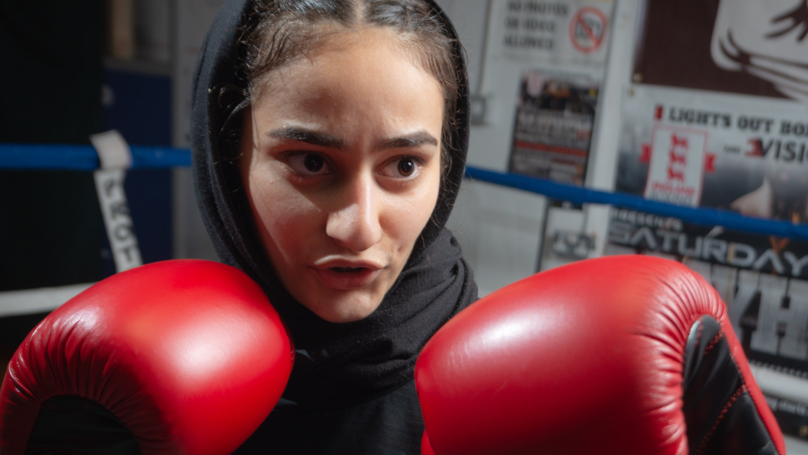 Teenager Enters Boxing Competition Wearing A Hijab