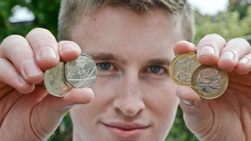 LADs Quit Their Jobs To Make A Mint Selling Rare Coins on eBay