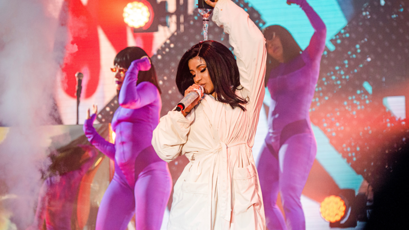 Cardi B Finished Concert In Bathrobe After Splitting Jumpsuit