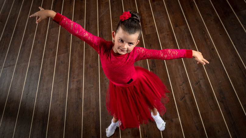 Deaf Girl Teaches Herself To Be Ballroom Dancer Through Strictly Come Dancing