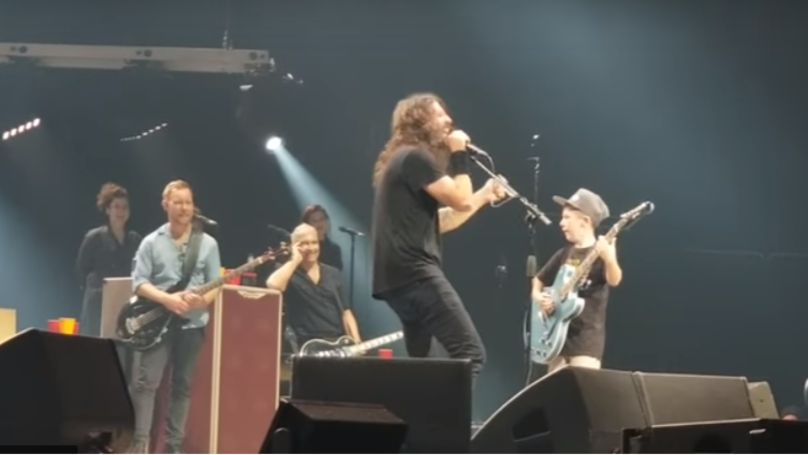 ​Foo Fighters Cover Metallica's 'Enter Sandman' With 10-Year-Old On Guitar