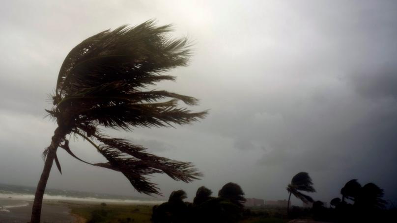 Florida Police Urge People Not To Shoot At Hurricane Irma